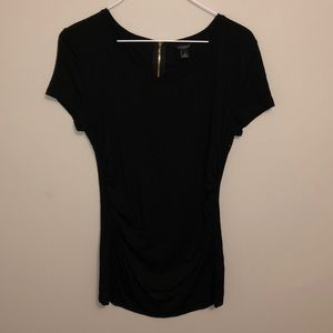 ann taylor black tee with side ruching m